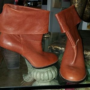 NEW Vince Camuto sz 7.5 leather shoes booties